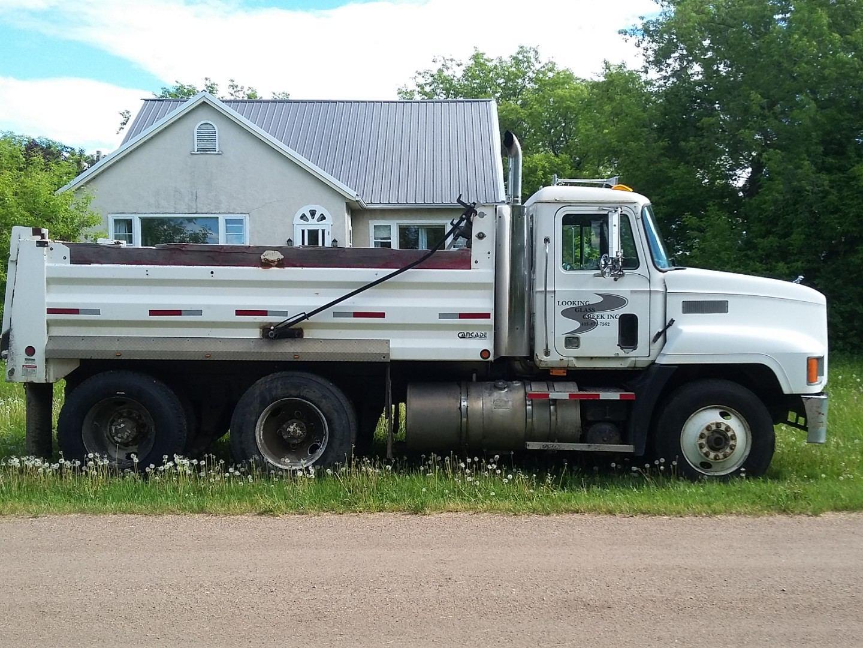 looking glass creek truck
